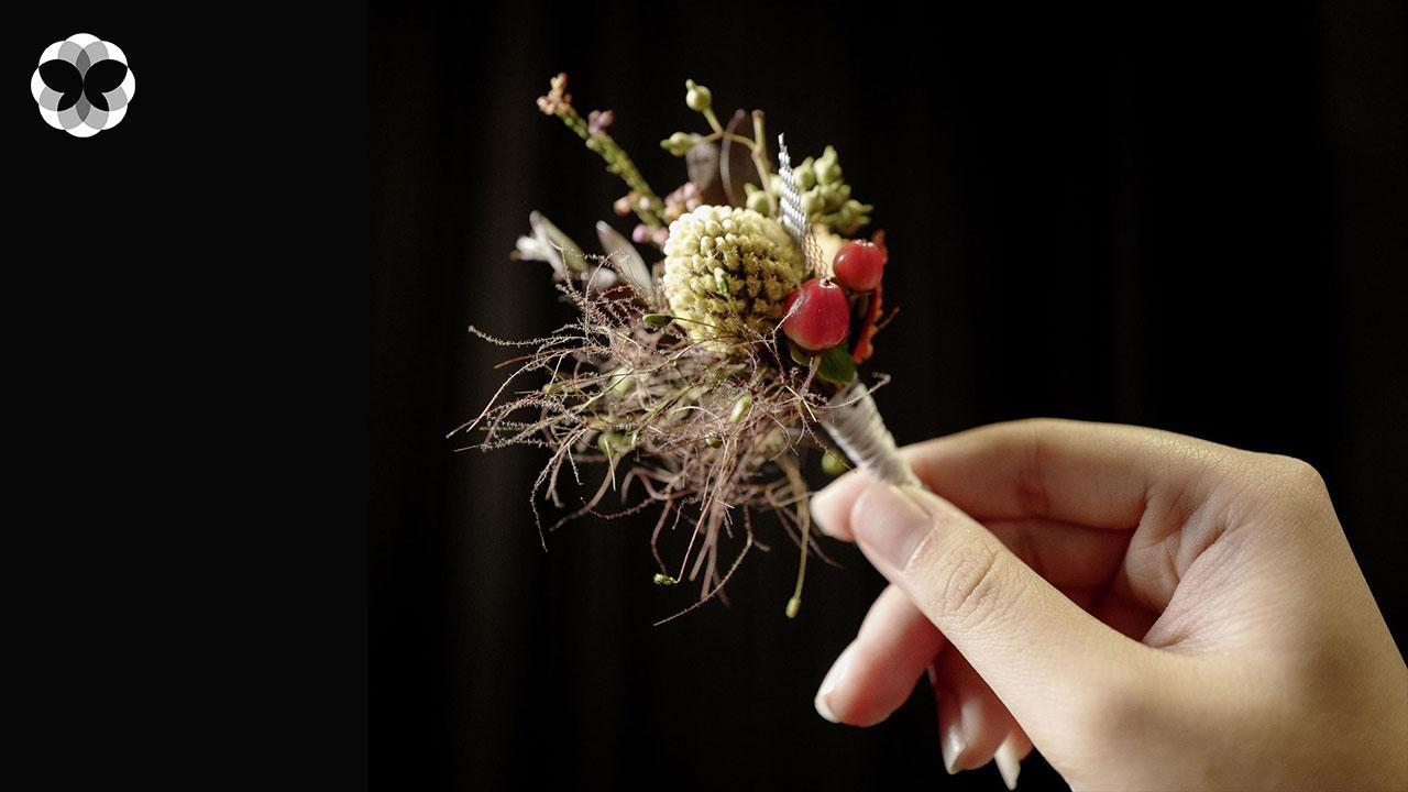 ช่อดอกไม้แบบฝรั่งเศสสำหรับเขาและเธอ